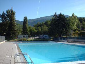 la_piscine_de_montbrun_les_bains_300